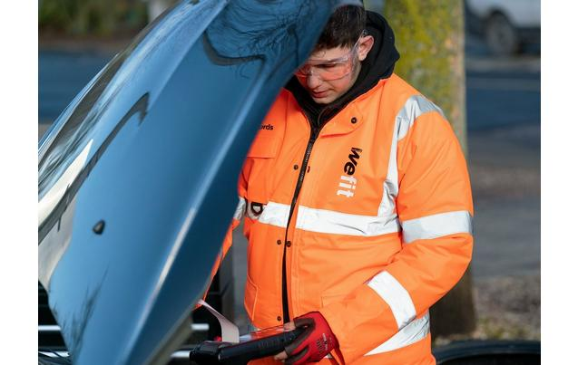 Get your free winter car check at Halfords
